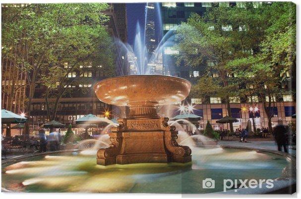Obraz na płótnie Fontanna Bryant Park w Nowym Jorku Noc - Miasta amerykańskie