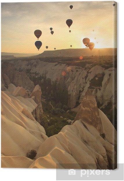 Obraz na płótnie Gorące powietrze Dymek nad formacje skalne w Kapadocji, Turcja - Bliski Wschód