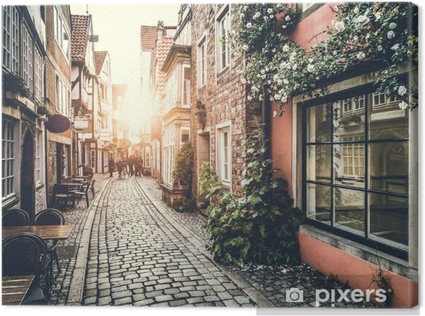 Obraz na płótnie Historyczna ulica w Europie o zachodzie słońca - Tematy