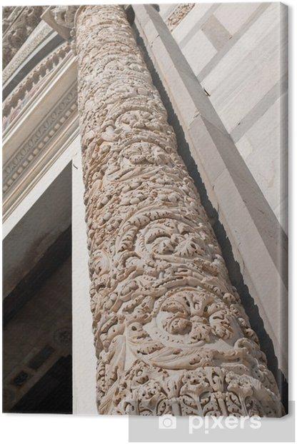Obraz na płótnie Kolumna dekoracji rzeźbiarskiej, baptysterium w Pizie - Europa