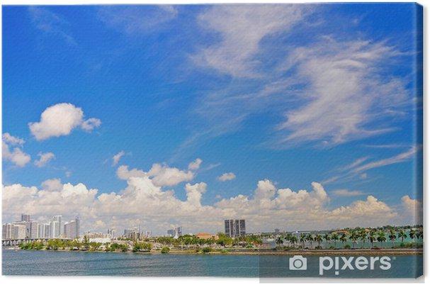 Obraz na płótnie Miami fotografowane z rejsu opuszczeniem portu - Ameryka