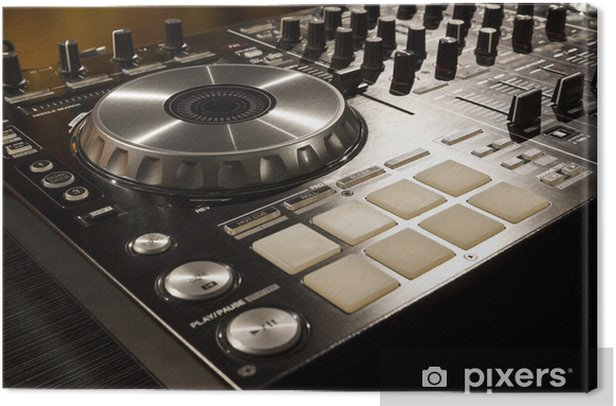 Obraz na płótnie Mikser DJ w nocnym klubie. - Muzyka