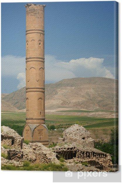 Obraz na płótnie Minaret starej ery Imperium Osmańskiego znajduje się w Hasankeyf - Bliski Wschód