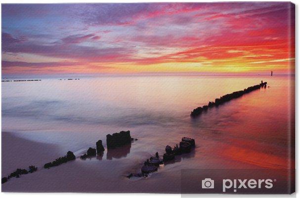 Obraz na płótnie Morze Bałtyckie w pięknym wschodem słońca w plaży Polsce. - Tematy