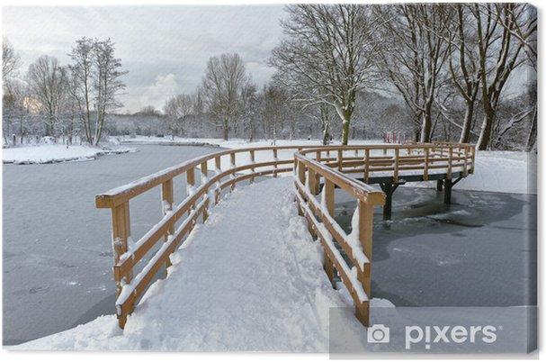 Obraz na płótnie Most nad zamarzniętą rzekę - Pory roku