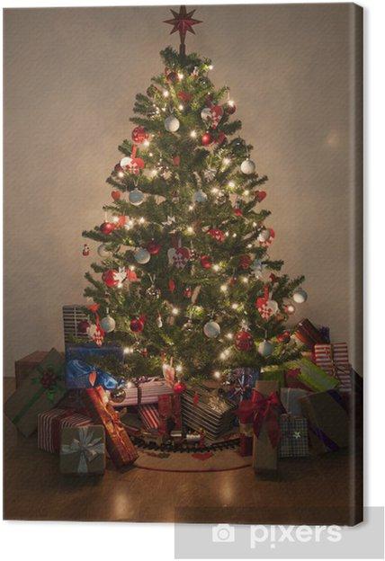 Obraz na płótnie Oświetlone choinki z prezentami - Święta międzynarodowe