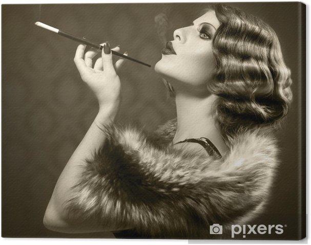 Obraz na płótnie Palenie retro kobieta. rocznika stylu czarno-białe zdjęcie - Moda