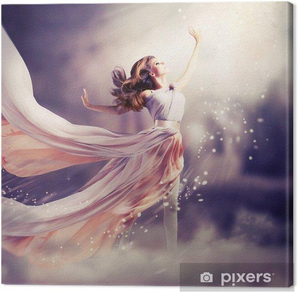 Obraz na płótnie Piękna dziewczyna ubrana w długą sukienka z szyfonu. Scena Fantasy - Nastolatkowie