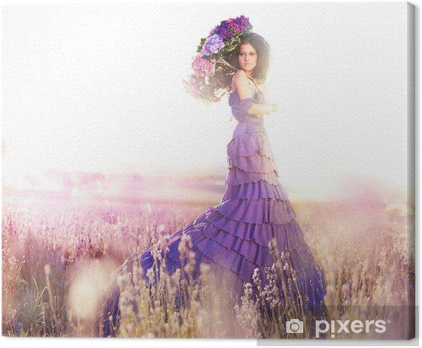 Obraz na płótnie Piękna dziewczyna w lawendowym polu pod parasolem kolorze - Kobiety