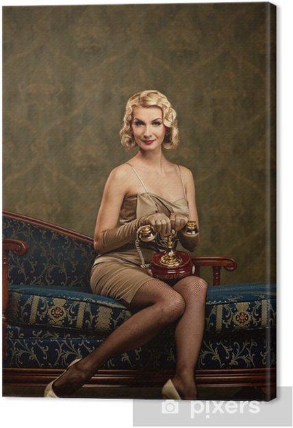 Obraz na płótnie Piękna kobieta z telefonem. Retro portret. - Kobiety