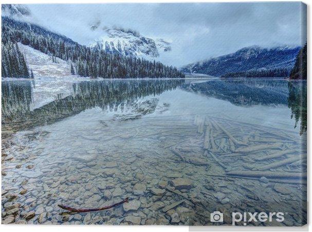 Obraz na płótnie Pierwszy śnieg w odbiciu jeziora w Górach Skalistych - Krajobrazy
