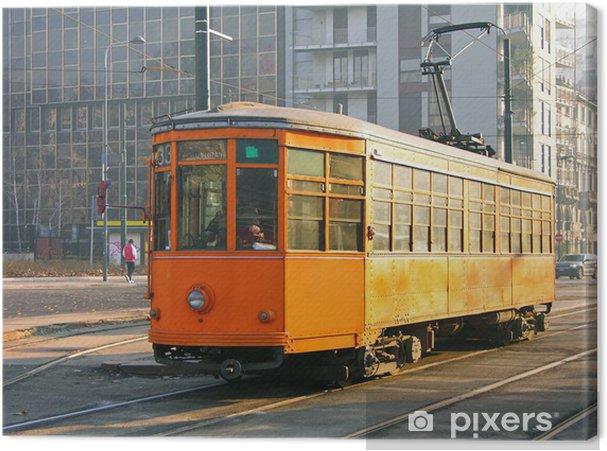 Obraz na płótnie Pomarańczowy stary tramwaj w Mediolanie, Włochy - Europa