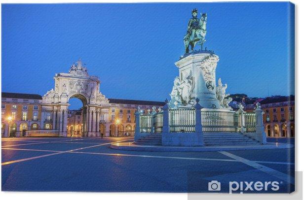 Obraz na płótnie Pomnik króla Jože I w wieczornym oświetleniu - Miasta europejskie