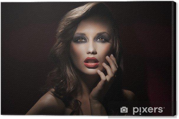 Obraz na płótnie Portret cute brunette - Moda