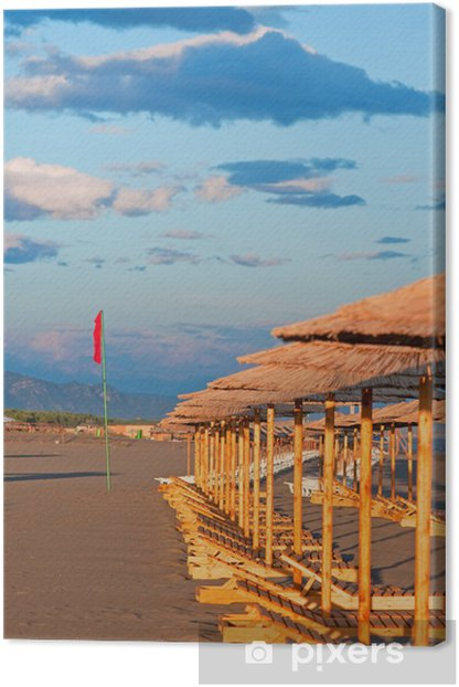 Obraz na płótnie Puste leżaki na plaży - Wakacje