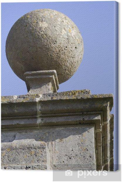 Obraz na płótnie Rzeźbione kamiennej kuli na filarze. - Zabytki