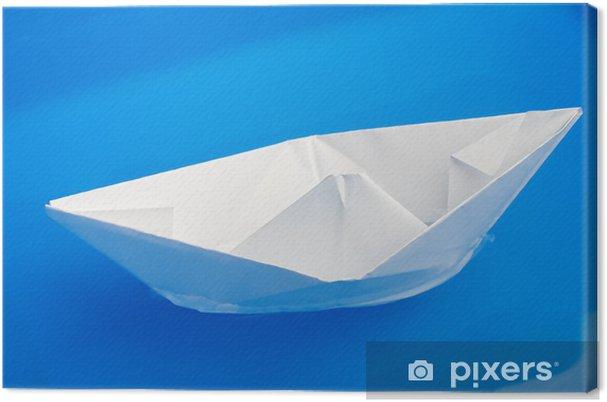 Obraz na płótnie Składany statek papieru na niebiesko wody z fokusem selektywna - Wakacje