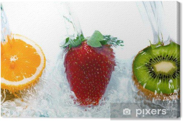 Obraz na płótnie Świeże owoce skoki do wody z pluskiem. - Tematy