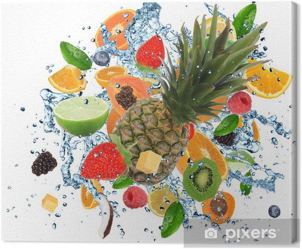 Obraz na płótnie Świeże owoce w plusk wody, na białym tle - Naklejki na ścianę