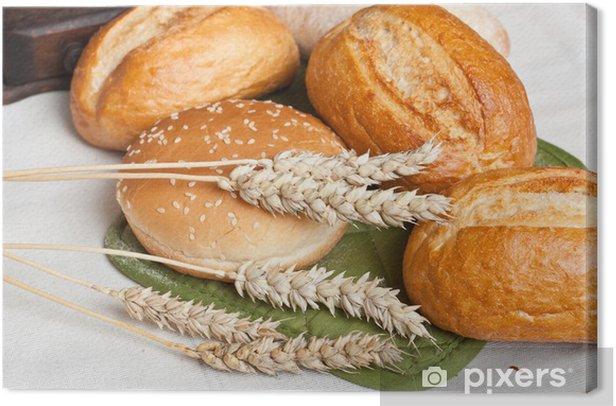 Obraz na płótnie Świeżo upieczony tradycyjne bułki z uszy ziarna pszenicy - Tematy