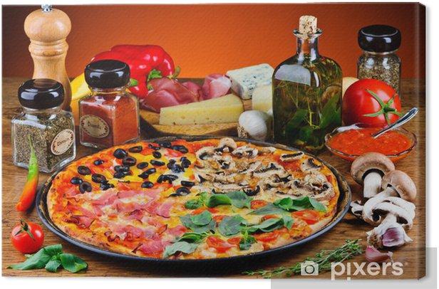 Obraz na płótnie Tradycyjnej pizzy i składniki - Tematy