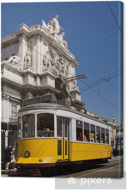 Obraz na płótnie Typowy Tramwaj w Commerce Square, Lizbona, Portugalia - Kolej