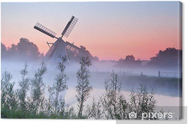 Obraz na płótnie Uroczy holenderski wiatrak o wschodzie słońca - Infrastruktura
