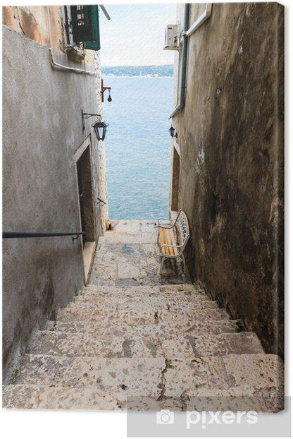 Obraz na płótnie Wąskie schody do morza w Rovinj, Chorwacja - Tematy