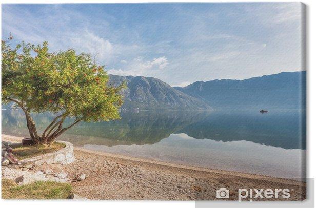 Obraz na płótnie Wcześnie rano na plaży - Góry