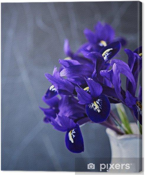 Obraz na płótnie Wiosenne kwiaty irysa w wazonie - Kwiaty