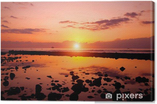 Obraz na płótnie Zachód słońca na plaży i skał - Wakacje