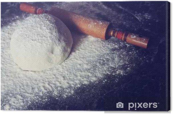 Obraz na płótnie Zagnieść ciasto z mąki stonowanych - Jedzenie