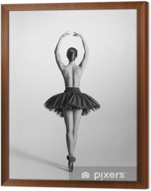 Obraz na płótnie w ramie Czarny i biały ślad tancerz baletu topless - Bielizna