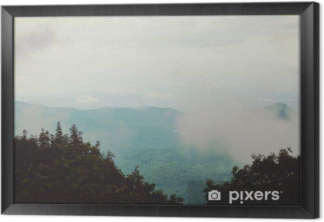Obraz na płótnie w ramie Góra i chmura - Krajobrazy