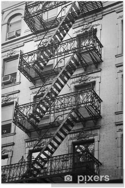 Plakat Façade avec escalier de secours noir et blanc - New York -