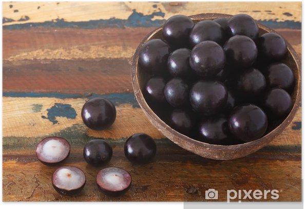 Plakát Berry Jaboticaba v misce na dřevěném stole - Jídla