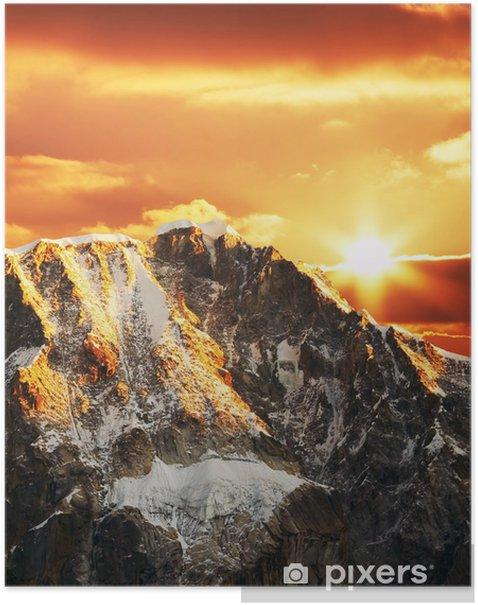 Plakat Cordilleras górskie na zachodzie słońca - Góry