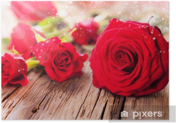 Plakat Czerwone róże na drewnie - Fikcyjne zwierzęta