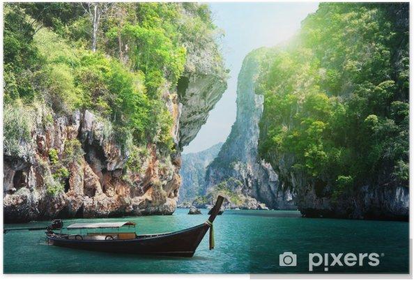 Plakát Dlouhá loď a skály na pláži Railay v Krabi, Thajsko - Voda