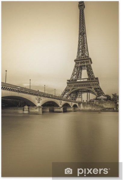 Plakat Długi ekspozycji Wieży Eiffla i Sekwany o zachodzie słońca - Tematy