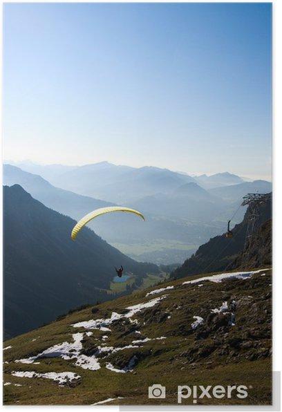 Plakát Gleitschirmflieger in den Alpen - Evropa