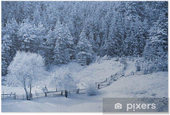 Plakat Górski krajobraz zimowy z Christmas drzew mrożonych - Pory roku