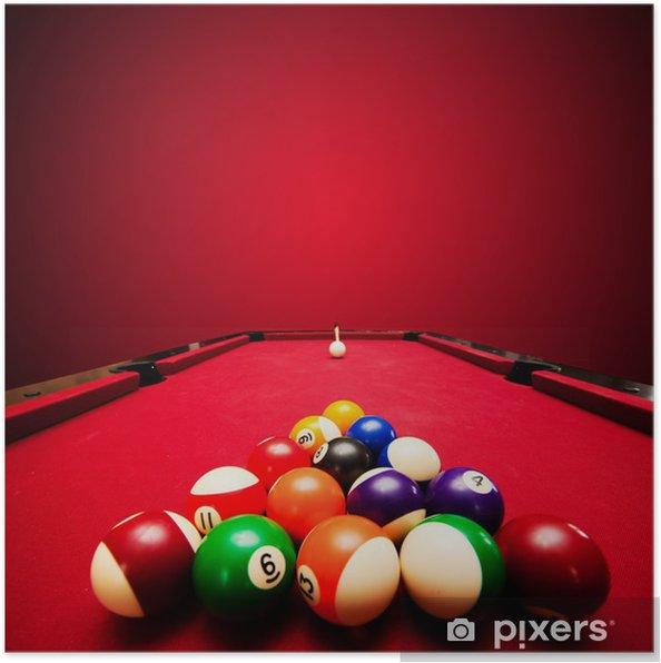 Plakat Gry pool bilard. Kolorowe kulki w trójkącie, mające na celu cue piłkę - Artykuły sportowe