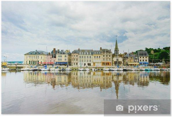 Plakat Honfleur skyline i port z refleksji. Normandia, Francja - Europa