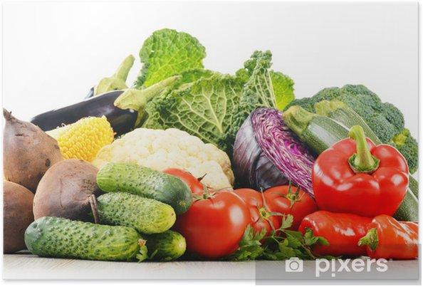 Plakat Kompozycja z różnych świeżych organicznych warzyw surowych - Warzywa