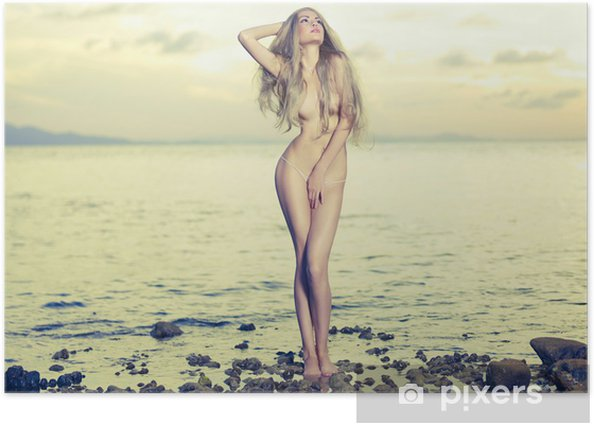 Plakát Krásná sexy blondýnka na moři - Témata