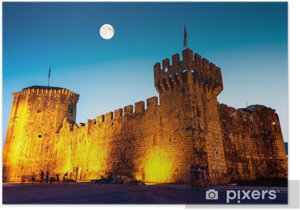 Plakat Księżyc w pełni nad średniowiecznym zamku Kamerlengo w Trogir, Chorwacja - Wakacje