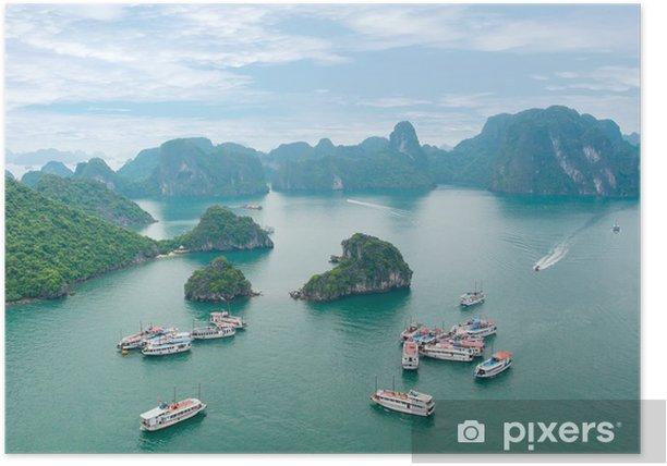 Plakat Malowniczy krajobraz morze. Halong, Wietnam - Azja