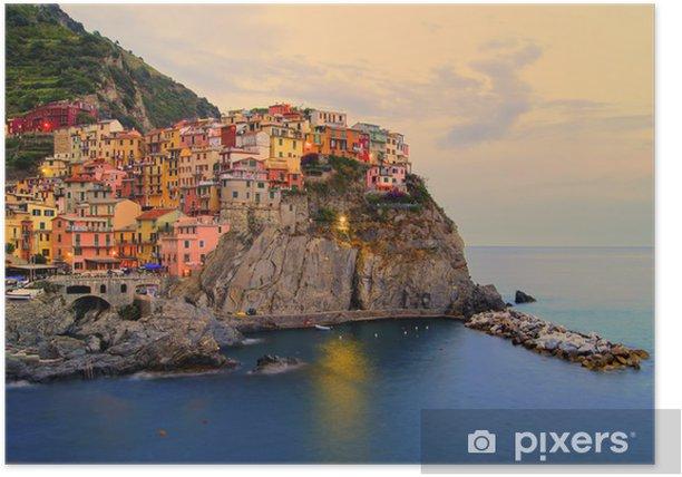 Plakat Manarola, Włochy na wybrzeżu Cinque Terre na zachodzie słońca - Tematy