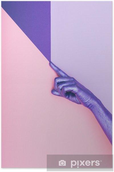 Plakat Moda perłowa fioletowa ręka. koncepcja ultra fioletowa. pastelowy minimalny. piękno i moda -